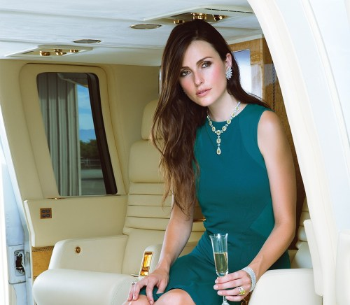 Luxurious travel benefits of flying first class