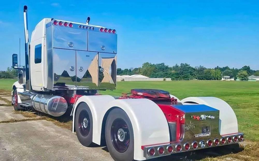 5 custom enclosed semi truck headache