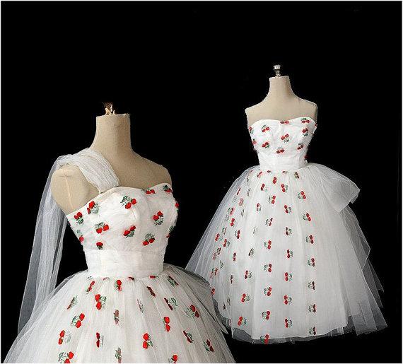 berry dress.jpeg
