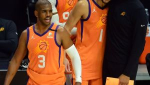 CP3 says extra rest helping injured right hand