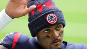 Source: Watson will report to Texans to avoid fine
