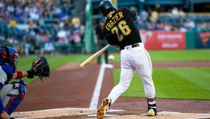Sources: Padres acquire 2B Frazier from Pirates