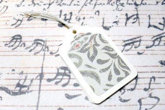 6pc Green and Tan Floral Pattern Mini Tags