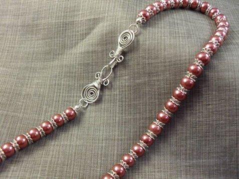 Aztec Wonder Maroon Glass Pearl Necklace