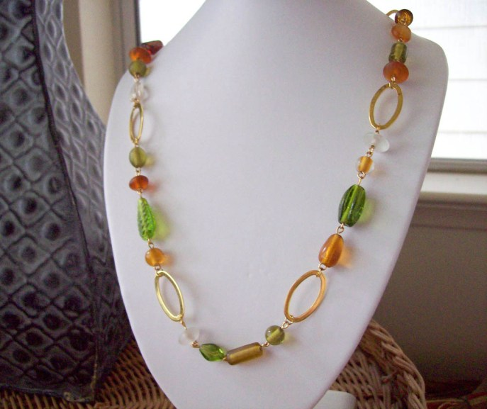Glass Beaded Oval linked necklaced
