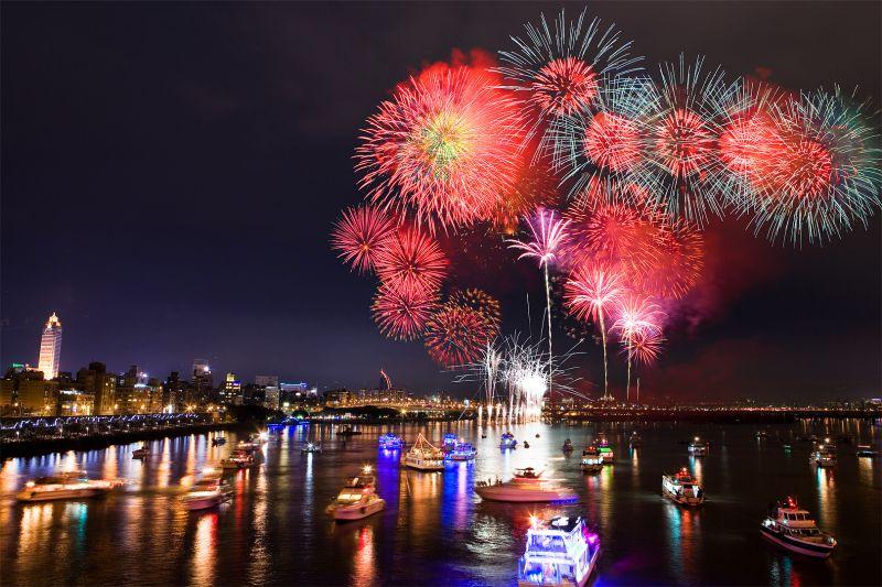 大稻埕河岸音樂季煙火節 攝影攻略16處-欣攝影-欣傳媒攝影頻道