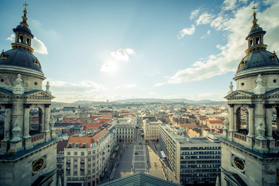 【匈牙利】遊走隨拍布達佩斯 | 我的心遺落在迷人的多瑙河珍珠-旅人卡斯-欣傳媒旅遊頻道