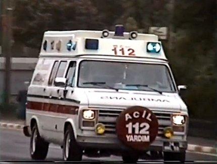 eski ambulans içten yanmalı oto blog (1)