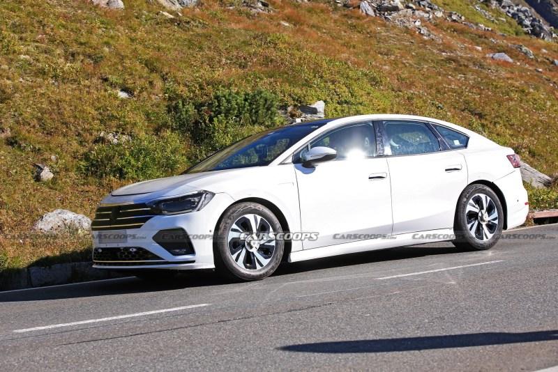Bu yeni Volkswagen Passat mı?
