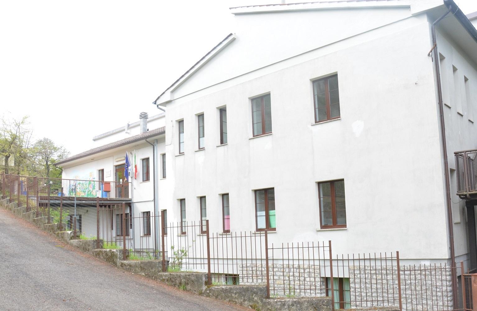 Scuola Primaria Montone