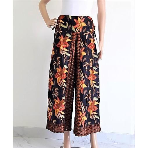 Pitakita Celana Batik Kulot Panjang Adelia