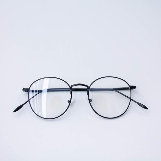 Inilah Harga Kacamata Pria Minus Terbaru 2018 Hargatbaru Com 76d557cfb1