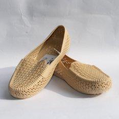 Sepatu Yumeida Ladies - LD-7021 L / Krem Golden Eagle