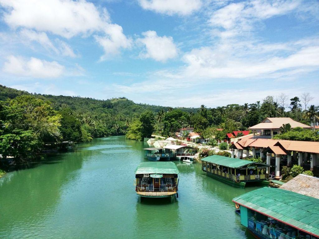 musim panas Filipina