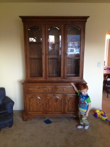 furn-hutch-before-01