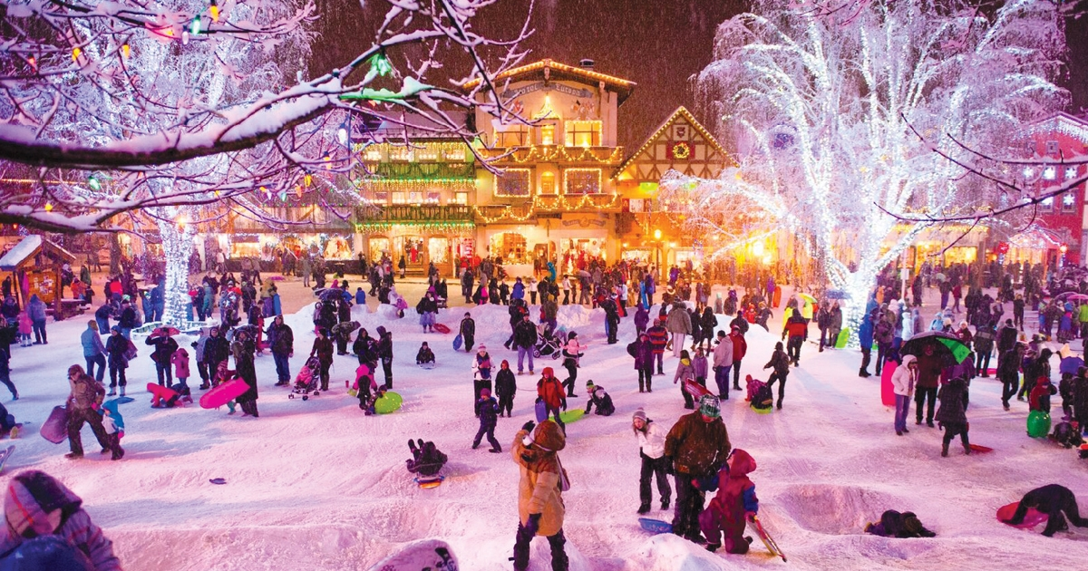 Leavenworth Christmas Lights.A Village Of Lights Leavenworth Washington Idaho Senior