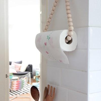 DIY: paper towel holder