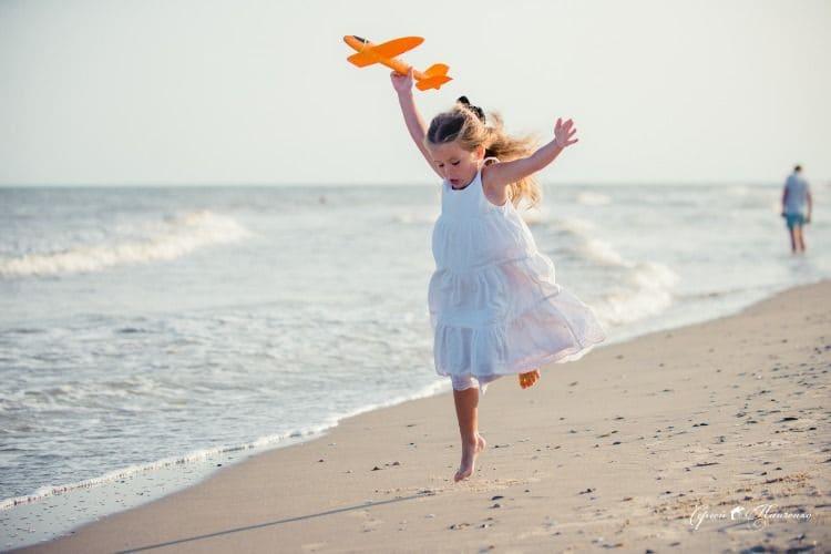 Дети на пляже девочки фото