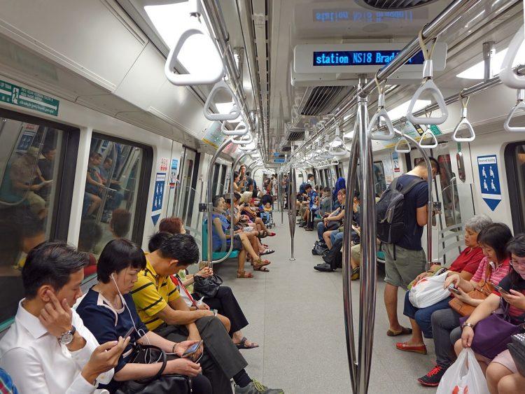 シンガポールのMRT