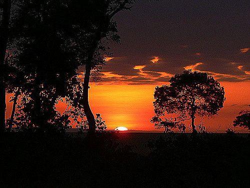 SUNRISES-KENYA-MASAI-MARA-Mara-1-WEB.jpg