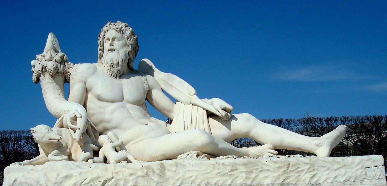 """Résultat de recherche d'images pour """"statue tibre tuileries"""""""