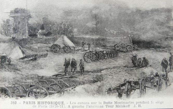 I cannoni sulla collina di Montmartre durante l'assedio di Parigi e l'antica torre di Malakoff