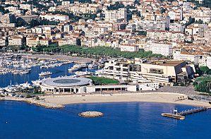 Palais-des-Festivals-et-des-Congres-Cannes-06400--copie-2.jpg