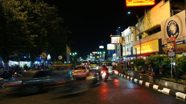 Malioboro Night was never make me bored. Many food and unique thing you can found here :)