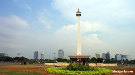 My Jakarta Adventure Overnight In Airport, Monas, Bajaj, and Ragusa Ice Cream