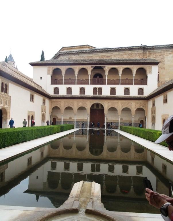 Alhambra membuka kembali lembar sejarah islam di eropa dari benteng terakhir andalusia spanyol