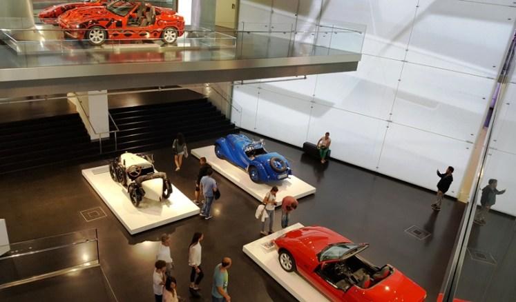teknologi jerman di BMW Museum