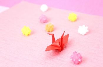 折り鶴と金平糖