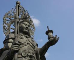 毘沙門天の像