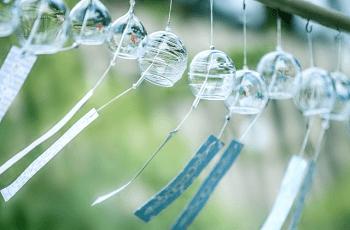 透明なガラス製の風鈴