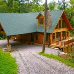 66 Best Small Log Cabin Homes (66)