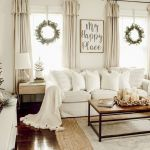 75 Best Farmhouse Wall Decor Ideas for Living Room (18)