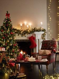 ΙΣΧΥΕΙ ΑΠΟ 21/11 ΕΩΣ 19/12/2015 3 ΓΙΑ 2 ΣΤΑ ΧΡΙΣΤΟΥΓΕΝΝΙΑΤΙΚΑ ΕΙΔΗ Αγοράστε 3 Χριστουγεννιάτικα είδη και πληρώστε τα 2. Το προϊόν με την χαμηλότερη τιμή δίνεται δωρεάν. Η ανωτέρω προωθητική ενέργεια ισχύει για τους κατόχους της M&S Bonus Card και αφού πρώτα αφαιρεθούν άλλες προωθητικές ενέργειες, προσφορές, εκπτώσεις, δωροεπιταγές και κουπόνια που τυχόν υφίστανται κατά τη διάρκεια ισχύος της. Σε παράλληλη προωθητική ενέργεια δεν θα ισχύουν συνδυαστικά και οι δυο προσφορές. Εξαιρούνται τα είδη τροφίμων.