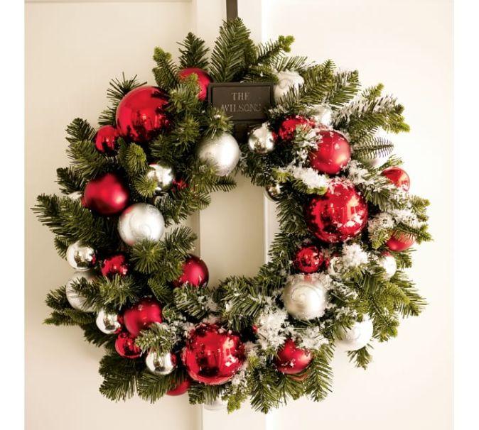 Beautiful Christmas Wreaths - Stylish Holiday Wreaths