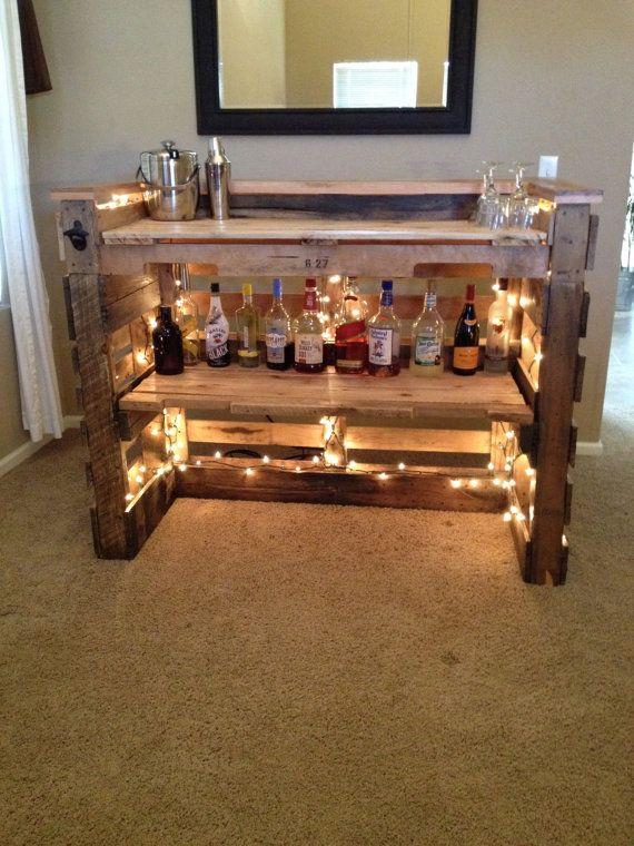 Visualizza altre idee su angolo bar, bar, arredamento. Angolo Bar Con Pallet Ecco 20 Idee Da Cui Trarre Ispirazione
