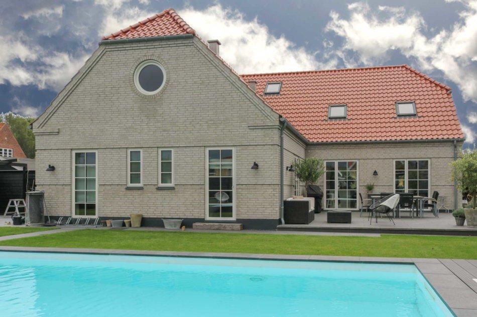 Villa med Idealccombi vinduer