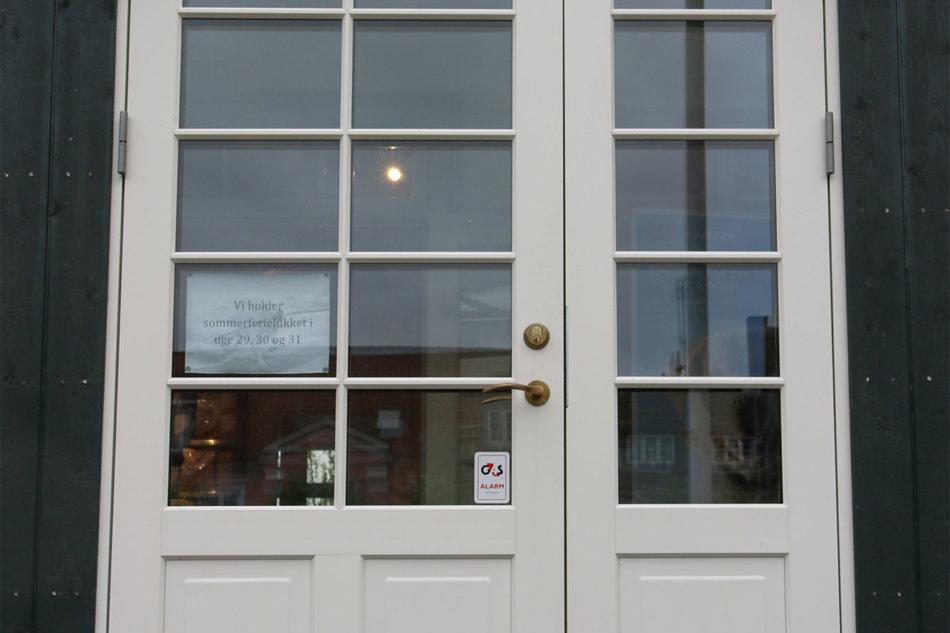Synfyns Dyreklinik med Idealcombi Nation IC vinduer