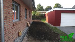 Traufkante Neubau Rasen