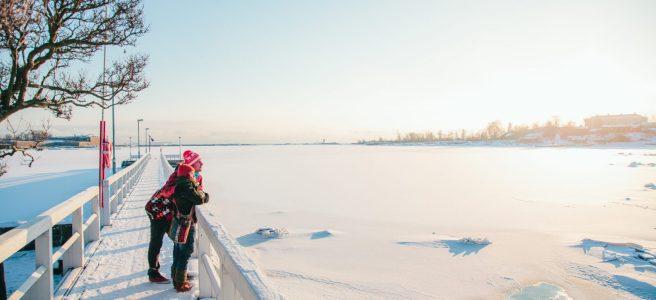 Talvi Kaivopuistossa. Kuva Jussi Hellsten / Helsinki Marketing