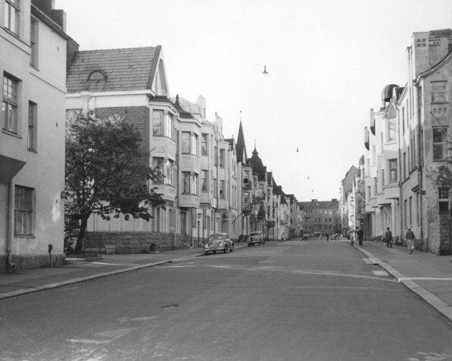 Huvilakatu in Ullanlinna district. Image: Grünberg Constantin 1955 / Helsinki City Museum.