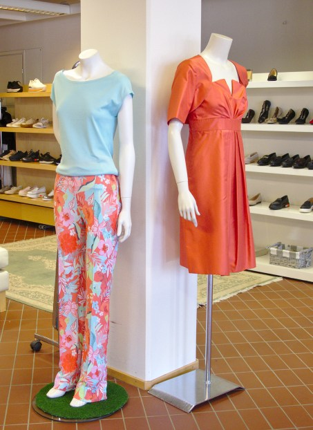 Feminett Outlet has available many international fashion brands
