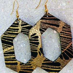 Black and Gold Spider Web Leaf Aria Collection