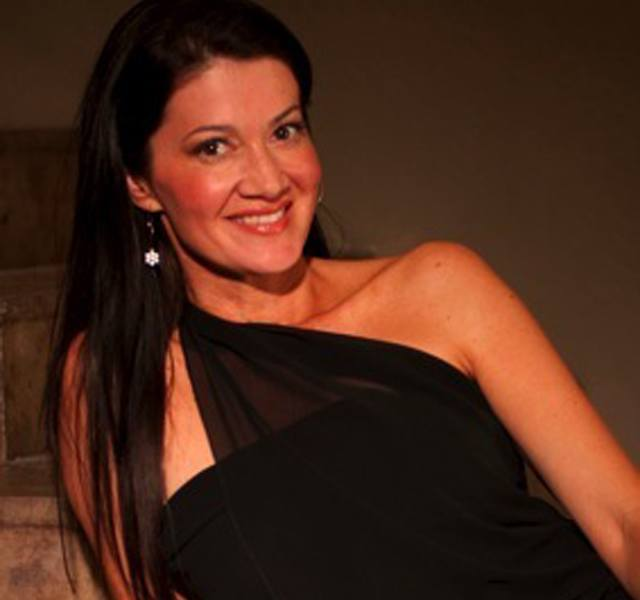 Robin Macy - Founder of Vin-T-Bikini