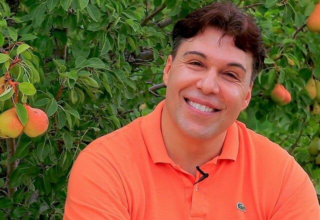 Nick Diakantonis - Founder of YorganicChef