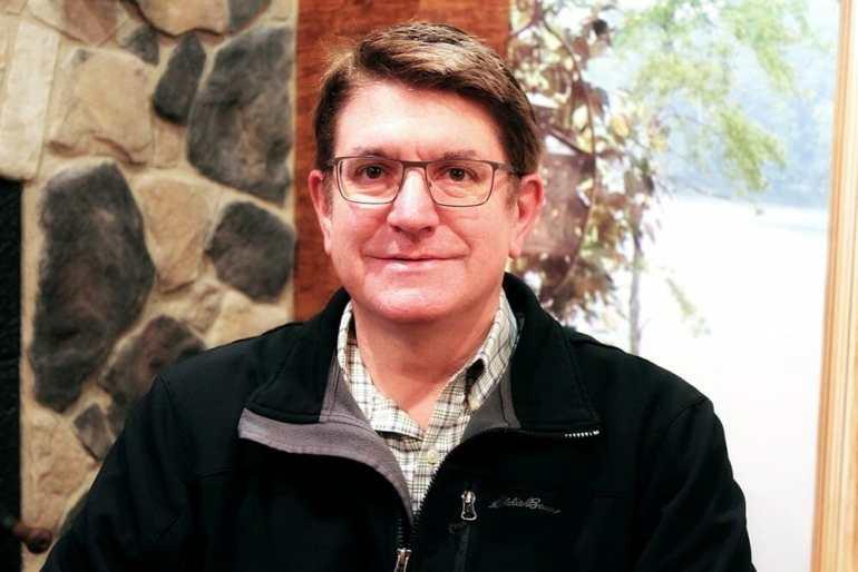 Jay Parmeter - Co-owner of Golden Eagle Log & Timber Homes