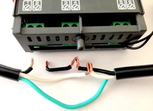 The leads aligning to terminal blocks